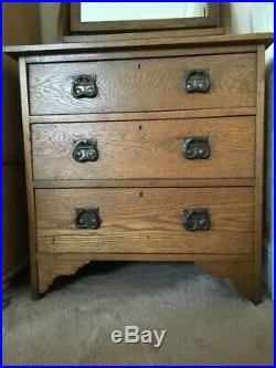 Arts crafts Victorian chest of drawers dressing table in oak with copper handles