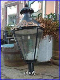 Very Large Lamp Post Top